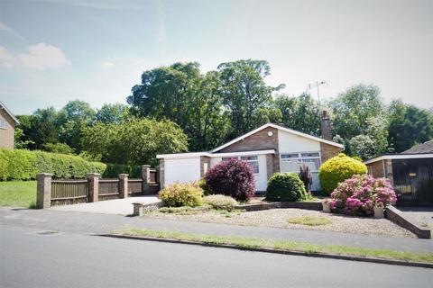 2 bedroom bungalow to rent - St Johns Road, Kettering, Northants