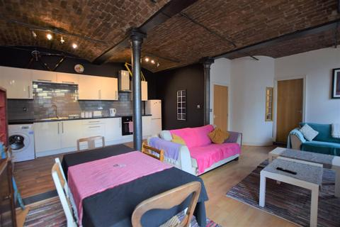 2 bedroom apartment to rent - Fowlers Building, Victoria Street