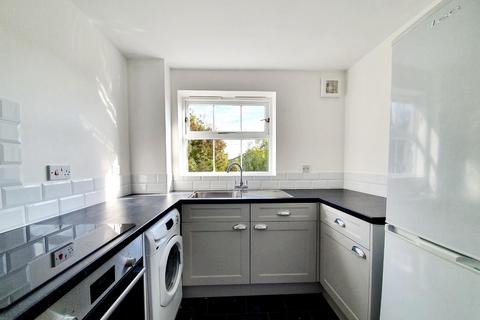 2 bedroom flat to rent - Maynard Court, 2 Harston Drive, Enfield