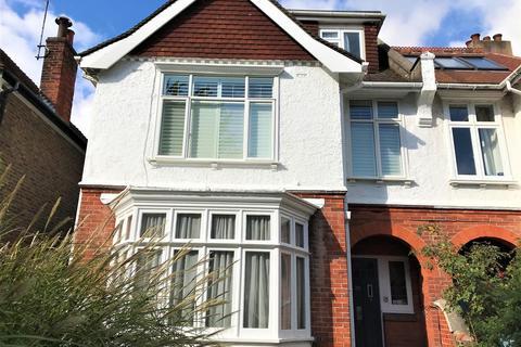 2 bedroom flat to rent - Bigwood Avenue, Hove