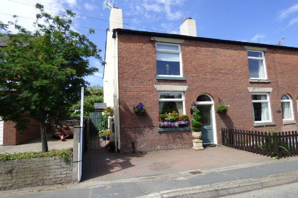 2 Bedrooms House for sale in Warrington Road, Glazebury, Warrington