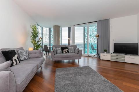 3 bedroom apartment to rent - Beetham Tower, Holloway Circus Queensway, B1 1BY