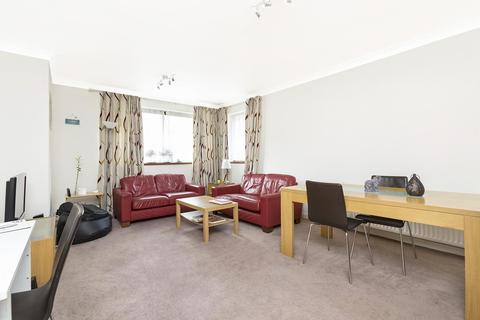 1 bedroom flat to rent - Balmoral House, Windsor Way, London, W14