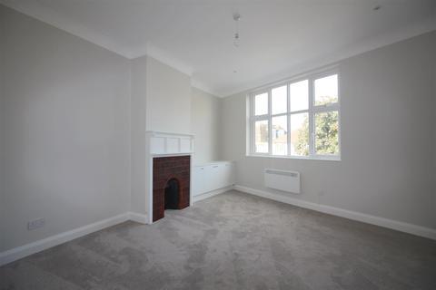 1 bedroom flat to rent - High Street, Ruislip