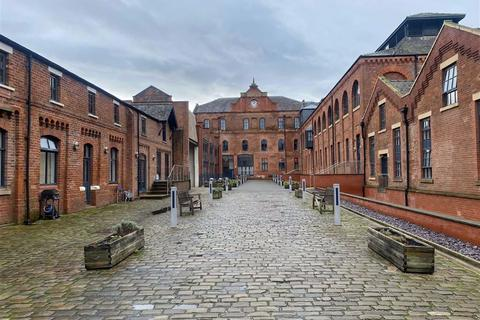 3 bedroom flat to rent - Queens Brewery Court, 46 Moss Lane West, Manchester