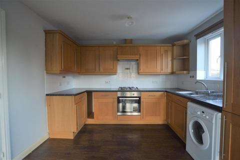 2 bedroom apartment to rent - Berkeley Close, Eccleshill, Bradford