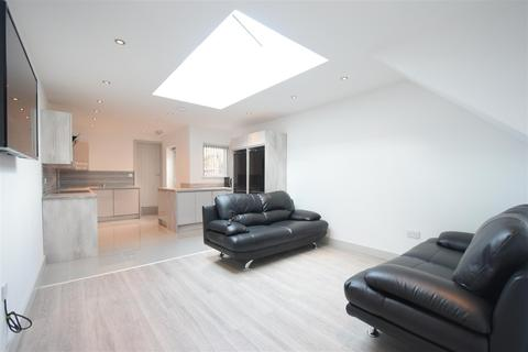 7 bedroom terraced house to rent - ENSUITE STUDENT PROPERTY 2022-2023 Selly Oak, Birmingham, B29 6BP