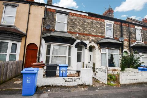 2 bedroom terraced house for sale - St. Leonards Road, Hull