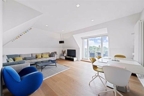 3 bedroom flat for sale - Redington Road, Hampstead