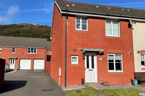 3 bedroom end of terrace house for sale - Marcroft Road, Port Tennant, Swansea
