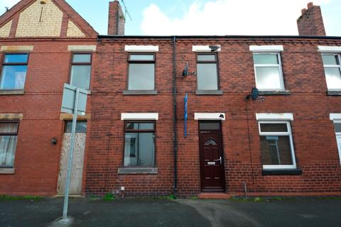 3 bedroom terraced house to rent - Alfred Street, Swinley, Wigan, WN1 2HL