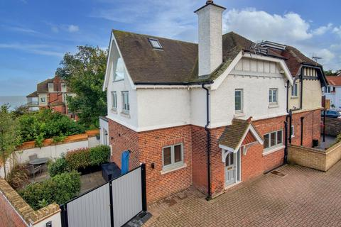 3 bedroom semi-detached house for sale - Seacroft Road, Broadstairs