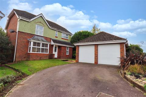 4 bedroom detached house for sale - Brook Close, Great Totham, CM9