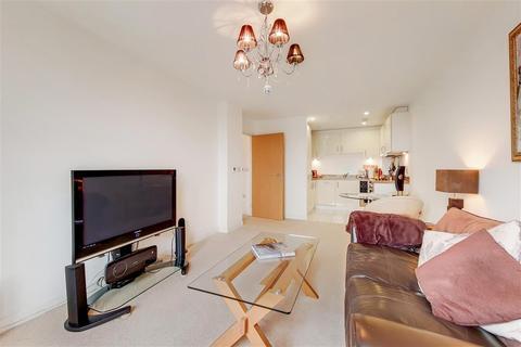 2 bedroom flat for sale - Putney Hill, SW15