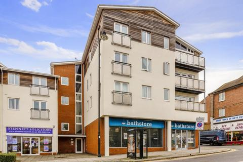 2 bedroom flat for sale - Winchmore Hill Road, Southgate