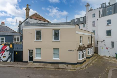 2 bedroom flat for sale - Manor Place, Bognor Regis, West Sussex, PO21 1TB