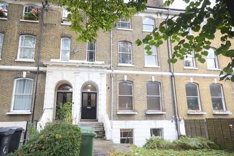 2 bedroom flat to rent - Lewisham Way London SE4