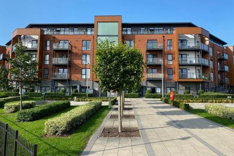 2 bedroom serviced apartment to rent - Bell Flower Lodge,  Gubbins Lane, Harold Wood