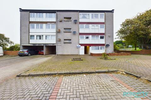3 bedroom flat for sale - Glenacre Road, Cumbernauld, North Lanarkshire, G67