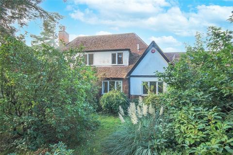 4 bedroom detached house for sale - Danesbury Park Road, Welwyn, Hertfordshire