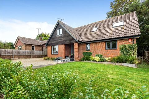 5 bedroom detached house for sale - Fyfield Way, Littleton, Winchester, Hampshire, SO22
