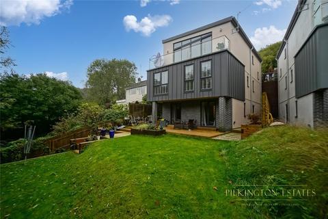 5 bedroom detached house for sale - Homer Park, Saltash, PL12