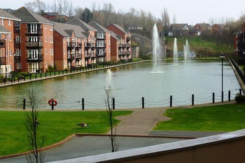 2 bedroom apartment to rent - 2 Bed Apt in City Quay with Balcony and Views