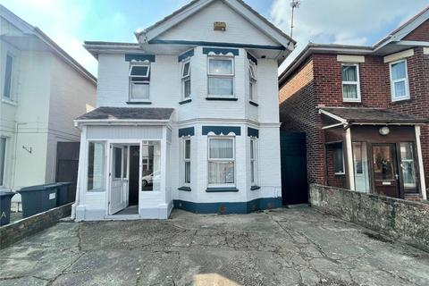 6 bedroom detached house to rent - Bingham Road, Bournemouth, BH9