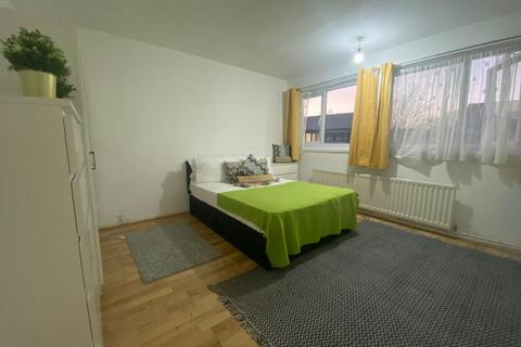 1 bedroom in a house share to rent - Room 5, Chesnut Road