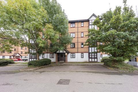 1 bedroom flat to rent - Frobisher Road, Erith, DA8