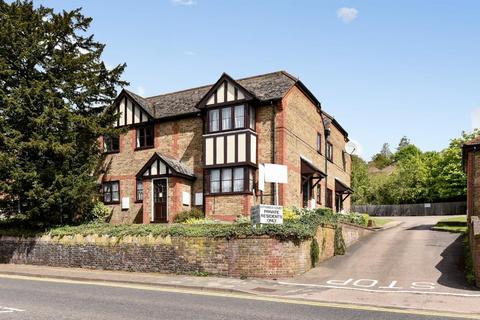 Studio to rent - High Wycombe,  Buckinghamshire,  HP11