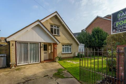 3 bedroom detached house for sale - Silverston Avenue, Aldwick, Bognor Regis, West Sussex, PO21 2RB