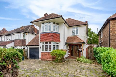 3 bedroom detached house for sale - Malmains Way, Beckenham