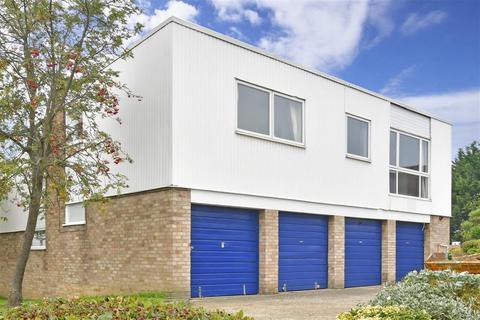 2 bedroom maisonette for sale - Ham View, Shirley, Croydon, Surrey