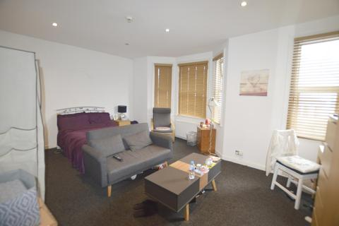 1 bedroom in a house share to rent - Bournemouth Road, Poole, BH14 9HY