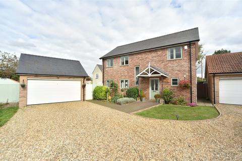 4 bedroom detached house to rent - School Close, West Row, Suffolk, IP28