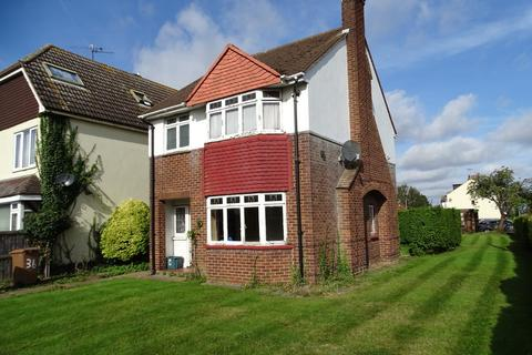 3 bedroom detached house for sale - Writtle Road, Chelmsford, CM1 3BU