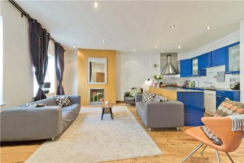 3 bedroom semi-detached house to rent - Balls Pond Road, Islington, London