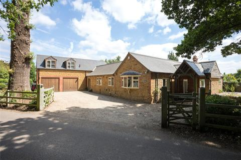 5 bedroom detached house for sale - Overstone Park, Overstone, Northampton, NN6