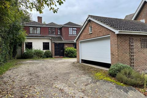 4 bedroom detached house for sale - Galleywood Road, Chelmsford, CM2
