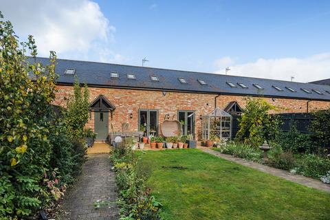 4 bedroom barn conversion for sale - Home Farm, Tingrith, MK17