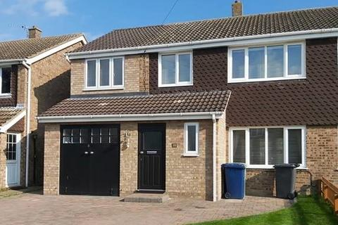 4 bedroom semi-detached house for sale - Elm Tree Drive, Bassingbourn, SG8