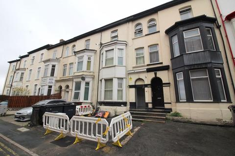 9 bedroom house for sale - Bank Square, Southport
