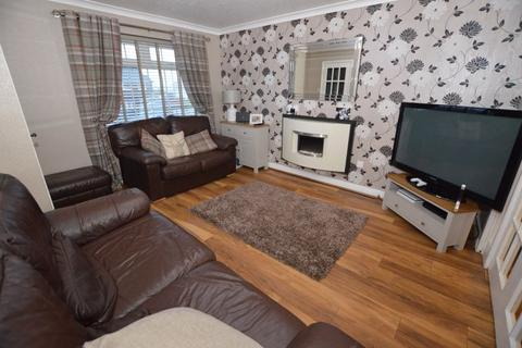 3 bedroom semi-detached house for sale - Daneswood Close, Rochdale