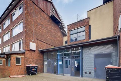 2 bedroom flat to rent - Shellnes Road, Clapton E5