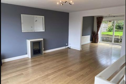 4 bedroom detached house to rent - Fryent Close, Blackrod