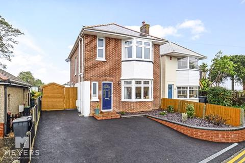 3 bedroom detached house for sale - Forest View Road, Moordown, BH9