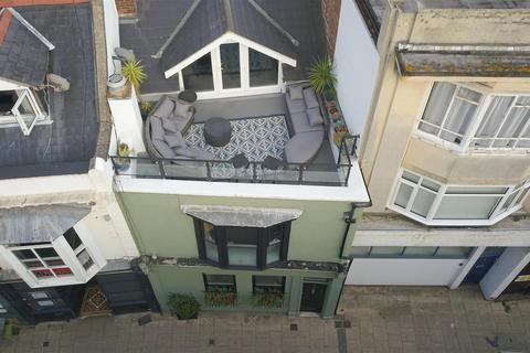 4 bedroom house for sale - Castle Road, Southsea
