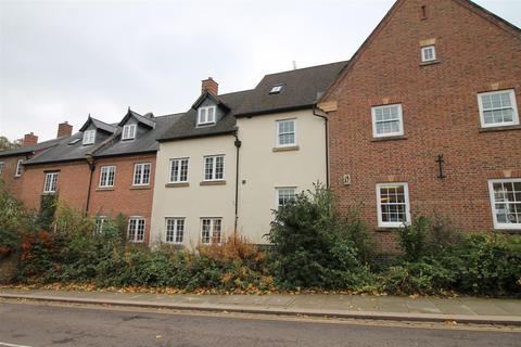 2 bedroom house for sale - Market Square, Daventry
