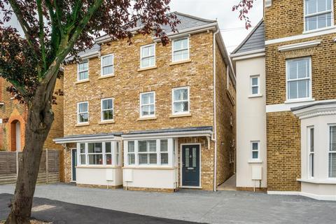 5 bedroom house for sale - Derby Road, London